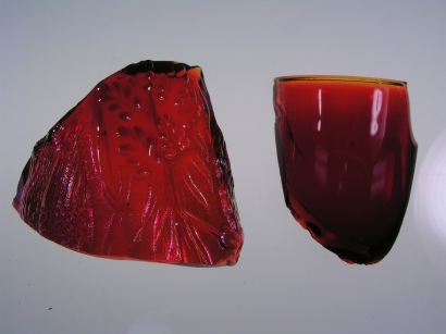 Glassblower.info - Gold Ruby Glass - Cranberry Glass - Striking Glass Colors - Reichenbach R-147 Fire Red